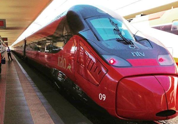 Italo opereert met kenmerkend robijnrode treinen